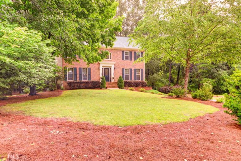 305 Viewpoint Dr, Peachtree City, GA 30269