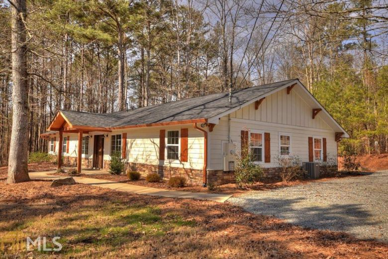 121 Willow Creek Ln, Ellijay, GA 30536