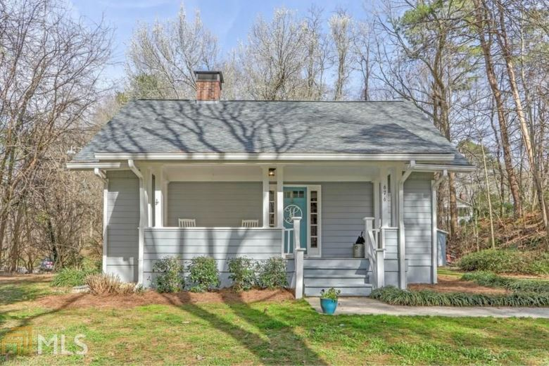 676 Lakeview Dr, Gainesville, GA 30501