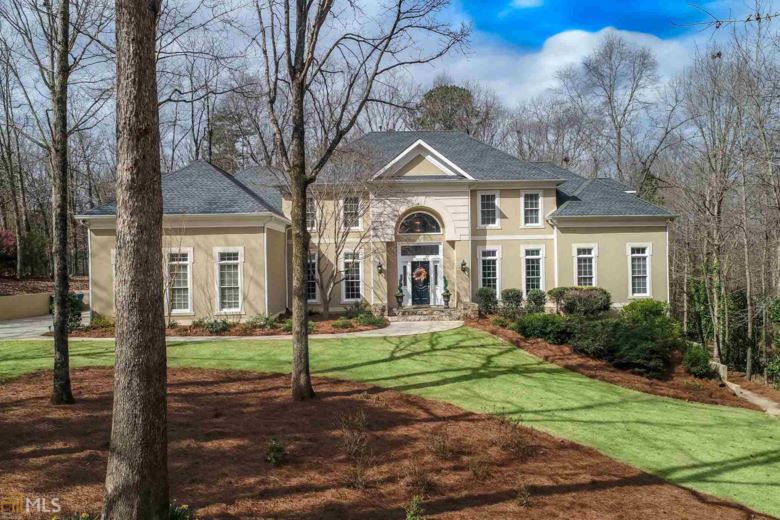 105 Southern Trace Ct, Peachtree City, GA 30269