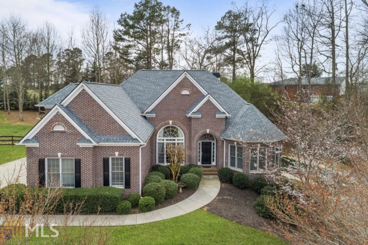 506 Hickory Glen, Woodstock, GA 30188