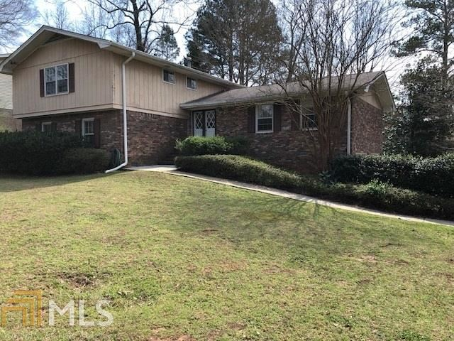 2001 Village North Rd, Dunwoody, GA 30338