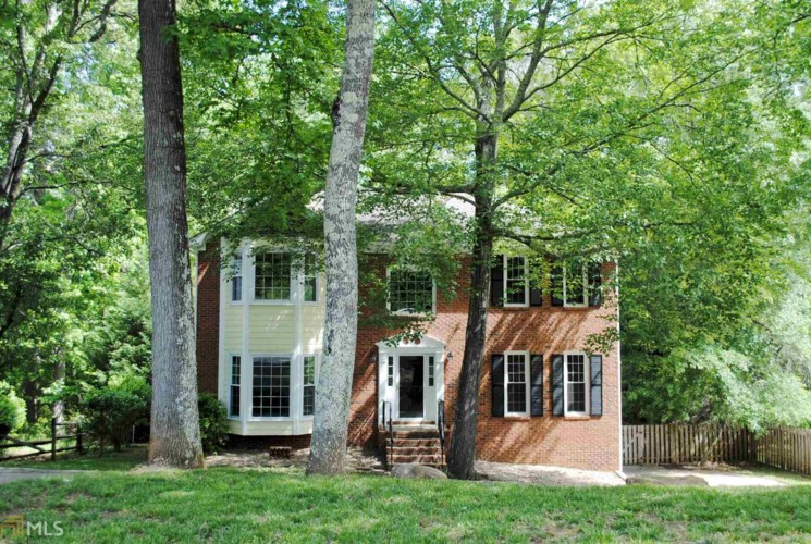 1548 Tennessee Walker Dr, Roswell, GA 30075