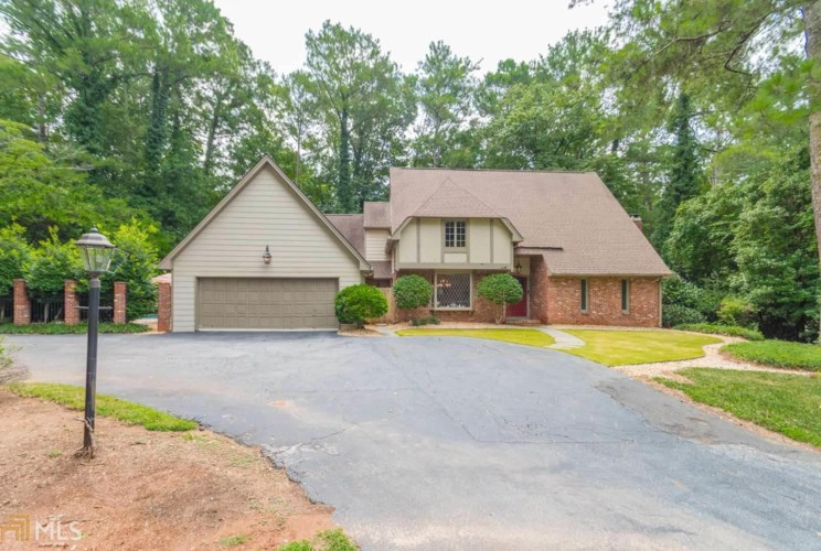 120 NW River North Dr, Sandy Springs, GA 30328