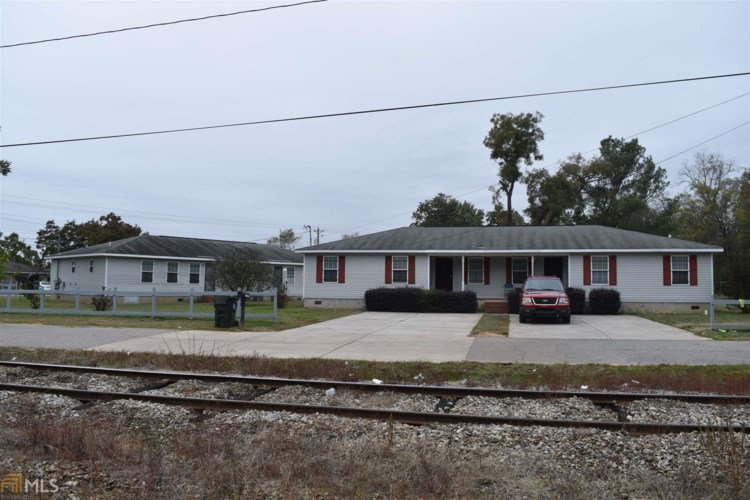 210 Perry Railroad St, Fort Valley, GA 31030