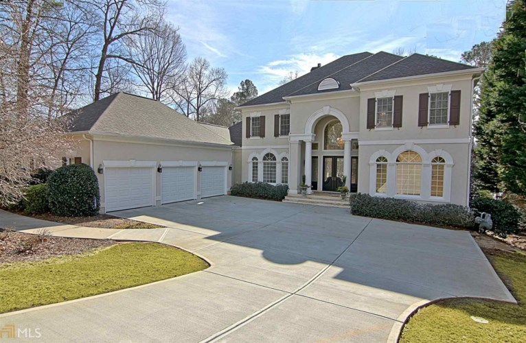 220 Newport Dr, Peachtree City, GA 30269