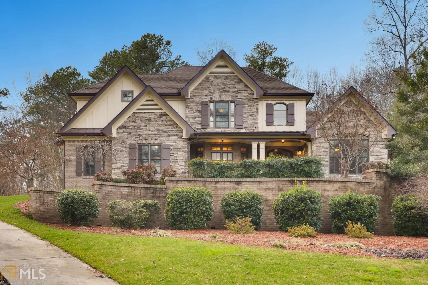 9500 River Lake Dr, Roswell, GA 30075