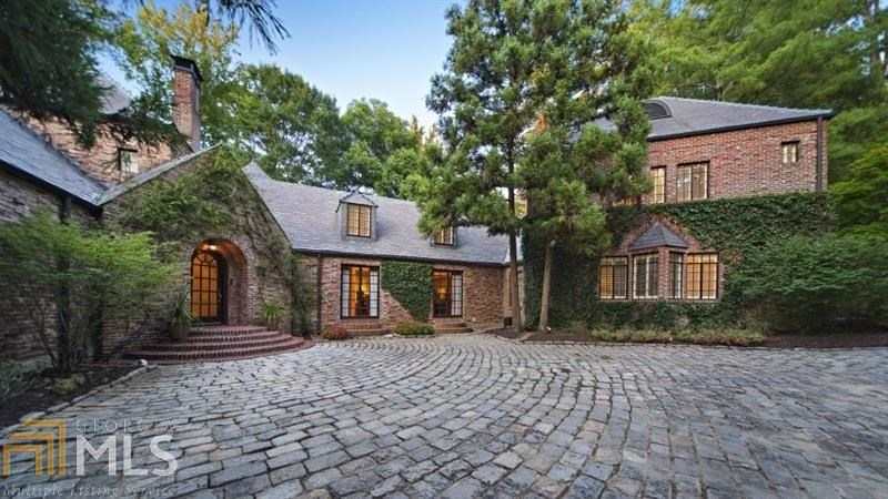 3645 Nancy Creek Rd, Atlanta, GA 30327