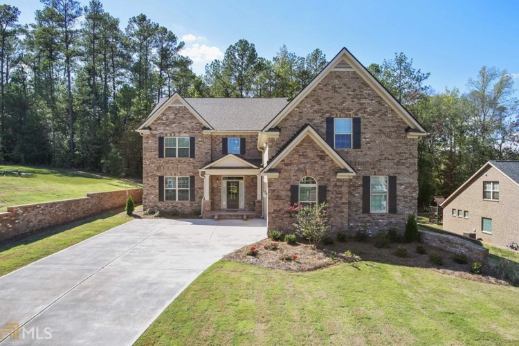 2588 Lake Erma Dr, Hampton, GA 30228
