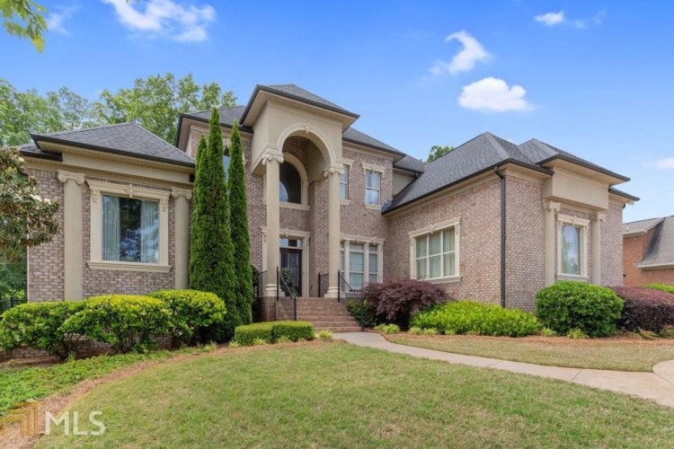 2645 Lake Erma Dr, Hampton, GA 30228