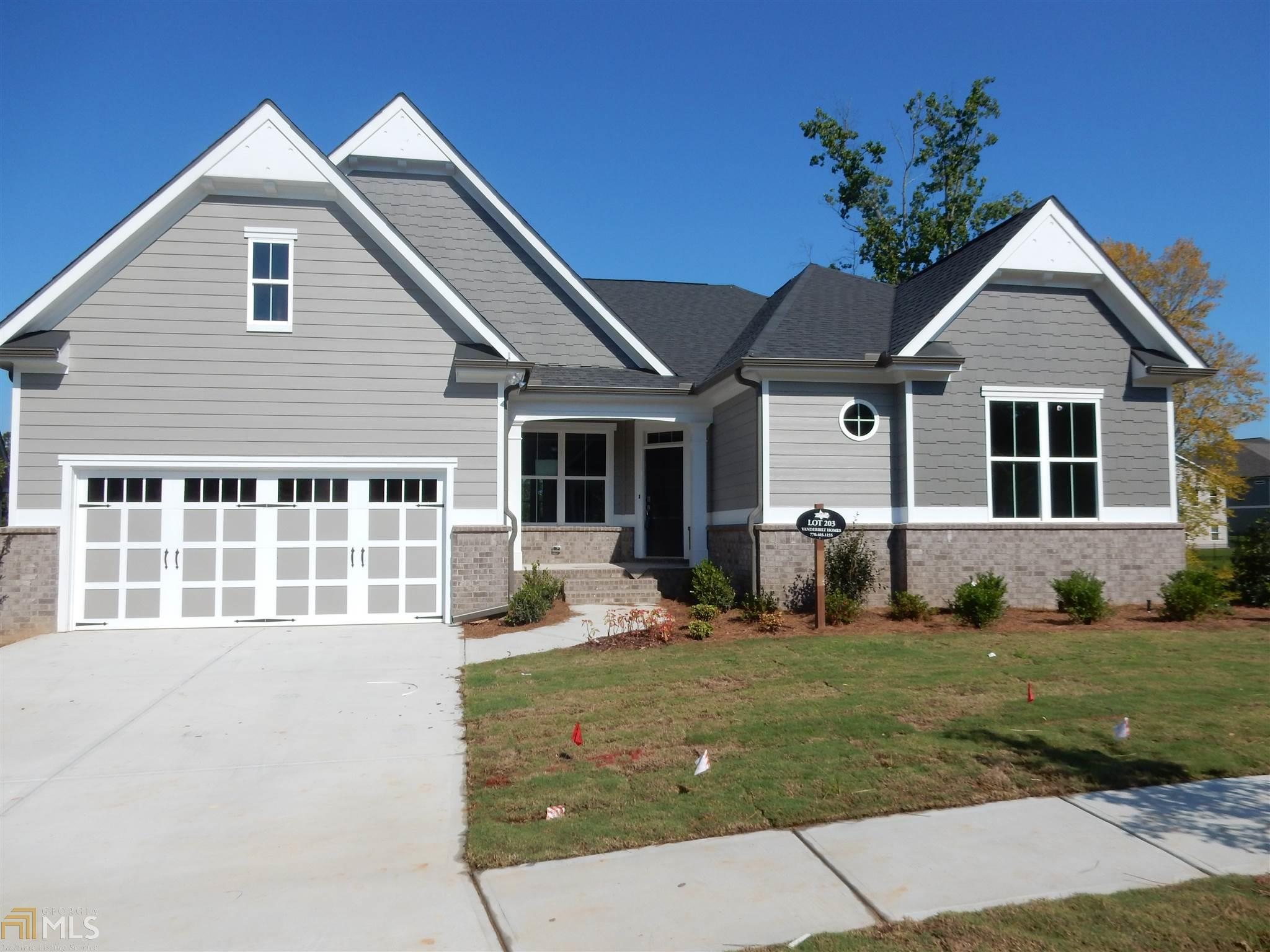 7270 Red Maple Ct, Flowery Branch, GA 30542