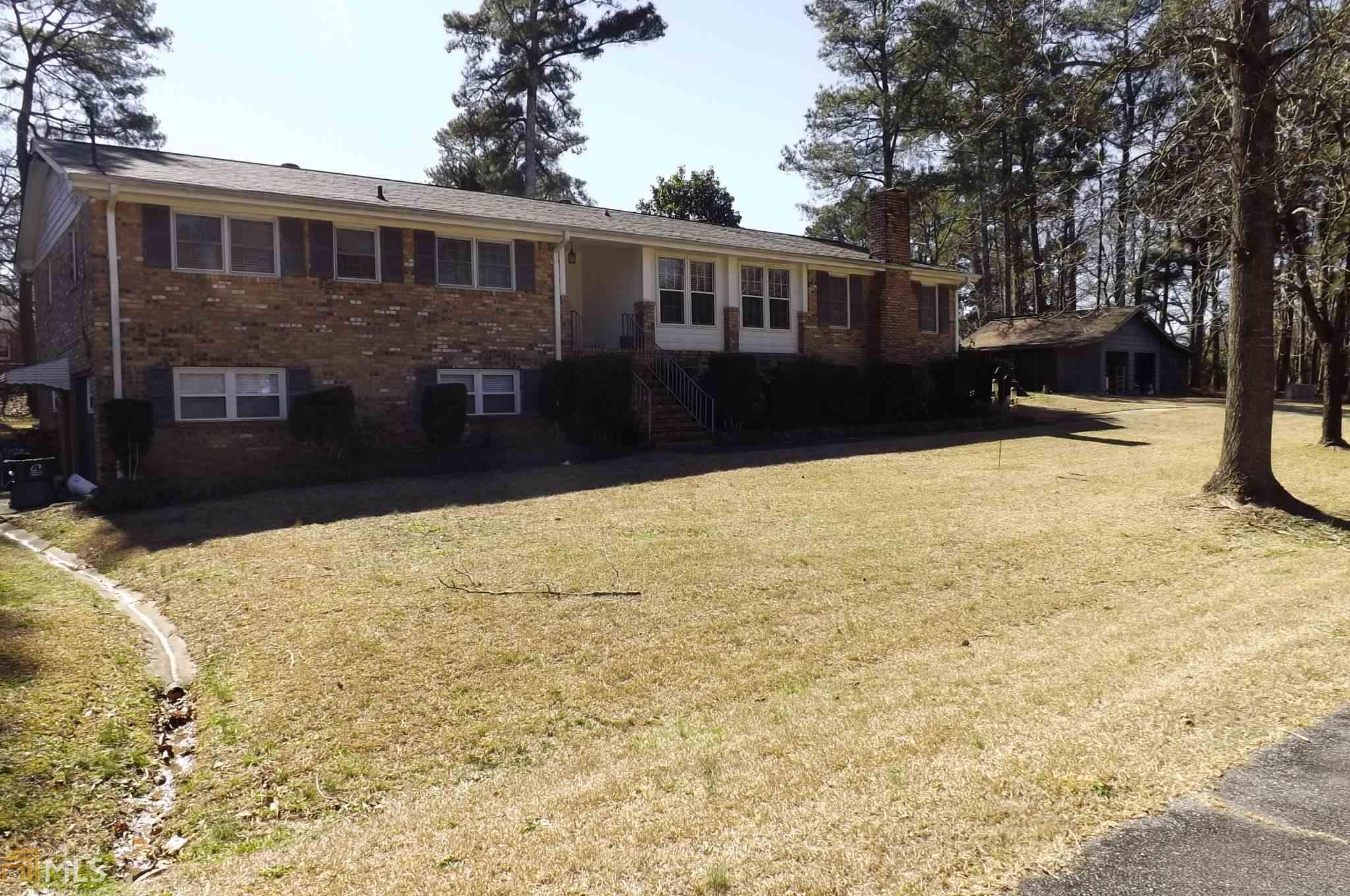 205 Forest Way, Lawrenceville, GA 30043
