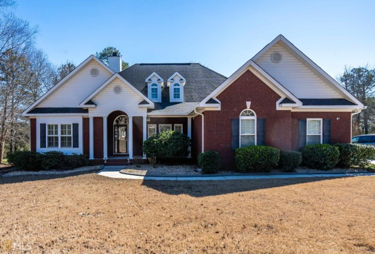 249 Hidden Creek Cir, Lizella, GA 31052