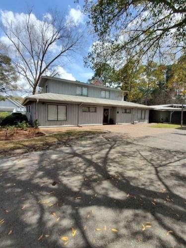 529 Robin Rd, Swainsboro, GA 30401