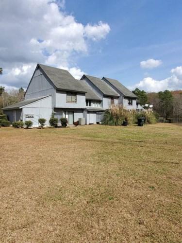519 Robin Rd, Swainsboro, GA 30401