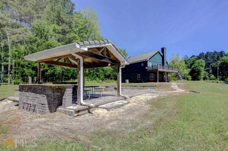 2276 Wallace Rd, Pine Mountain, GA 31822