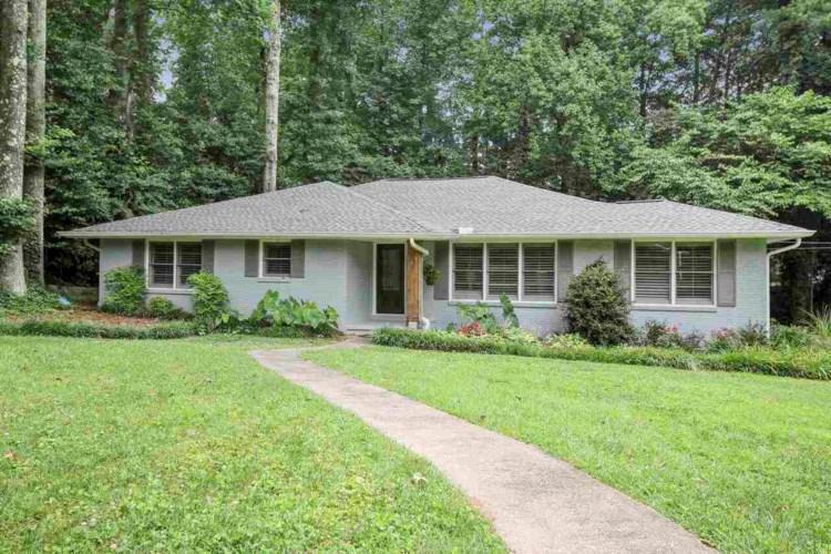 1383 Dalewood Dr, Atlanta, GA 30329