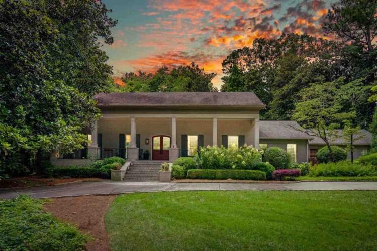 3480 Pinestream Rd, Atlanta, GA 30327
