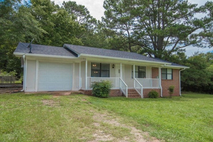 551 Fincherville Rd, Jackson, GA 30233