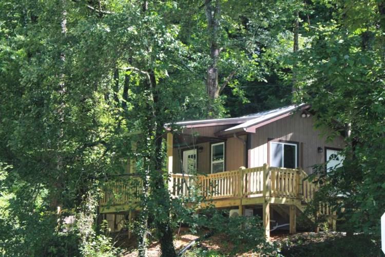 7 Brown Hill, Dillard, GA 30537