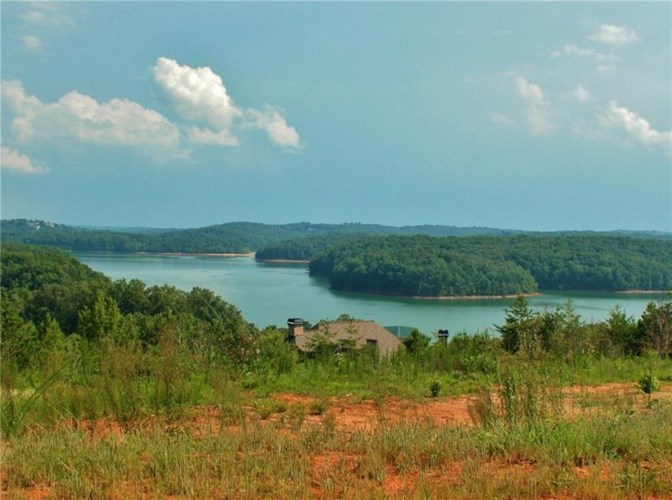 6822 South Bluff Court, Gainesville, GA 30506