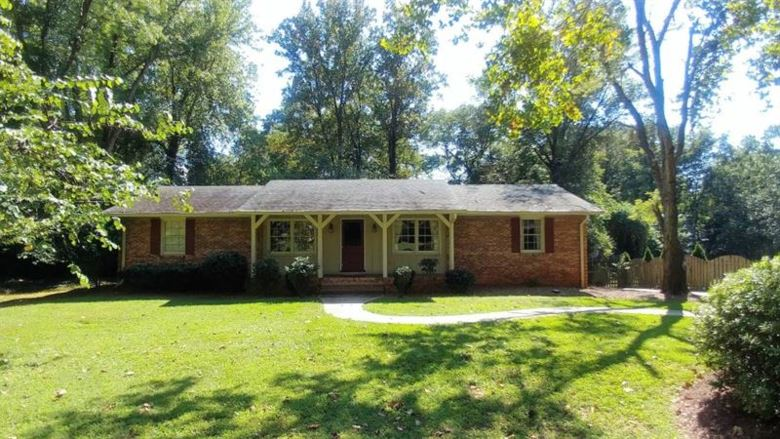 180 Thompson Place, Roswell, GA 30075