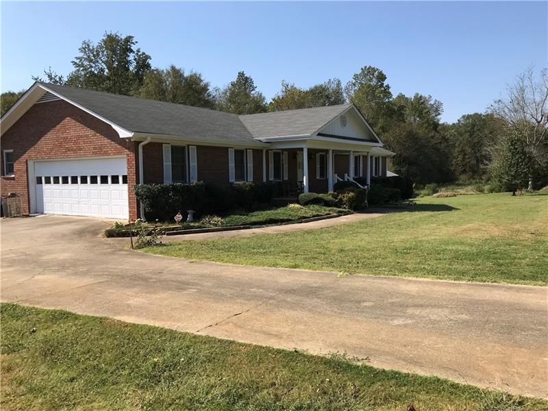 1752 Wayne Poultry Tract 1 Road, Pendergrass, GA 30567