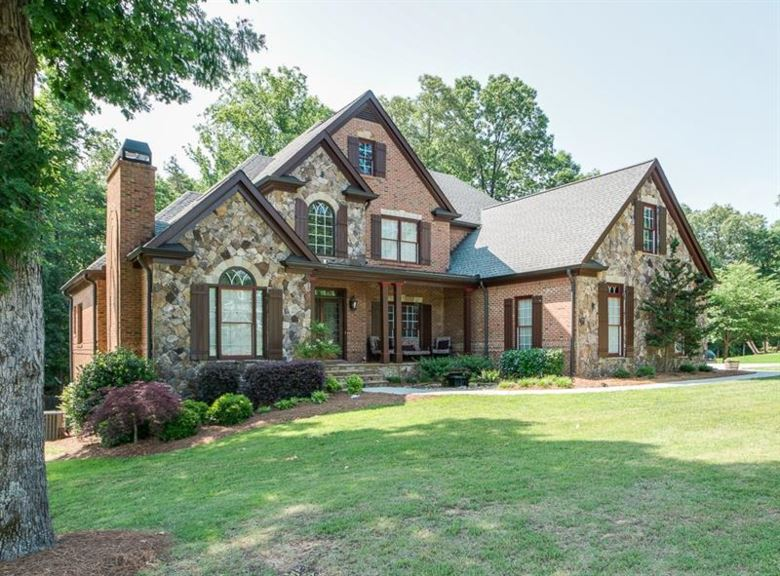 1366 Mountain Lake Drive, Auburn, GA 30011