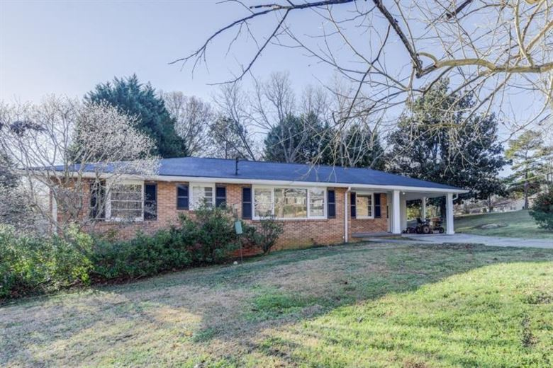 3185 Valaire Drive, Decatur, GA 30033