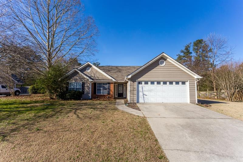 1600 QUAIL POINT Run, Hoschton, GA 30548