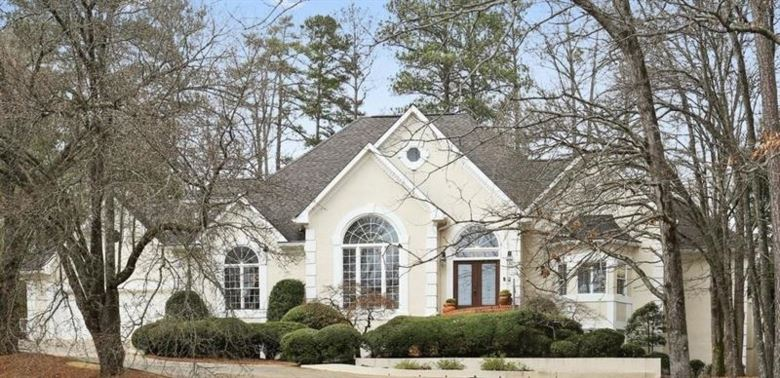 400 River Bluff Parkway, Roswell, GA 30075