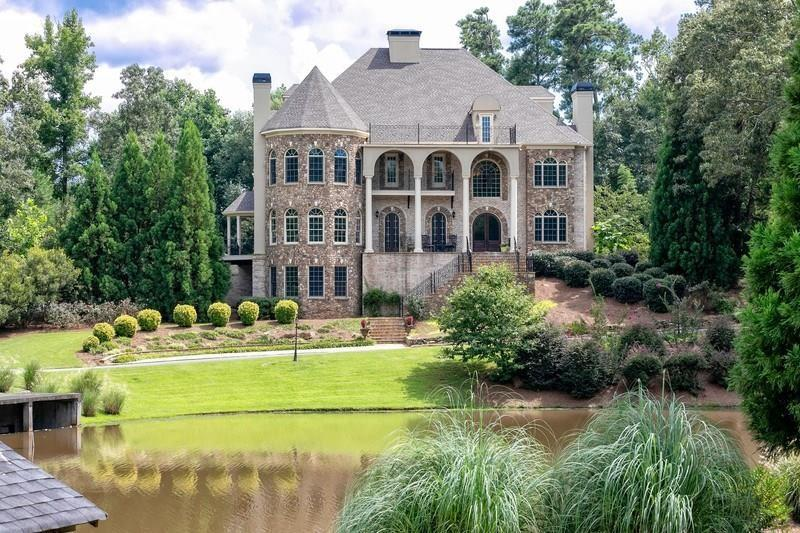 11140 West Road, Roswell, GA 30075