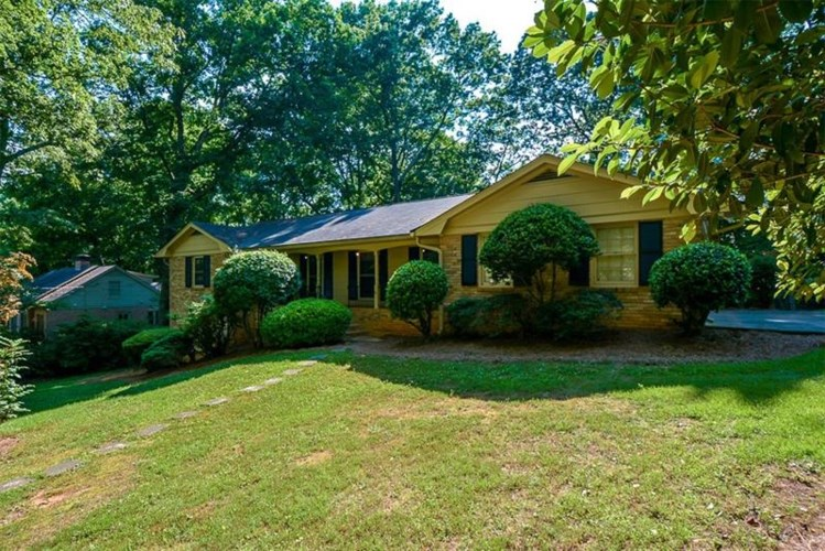4954 Summerford Drive, Dunwoody, GA 30338