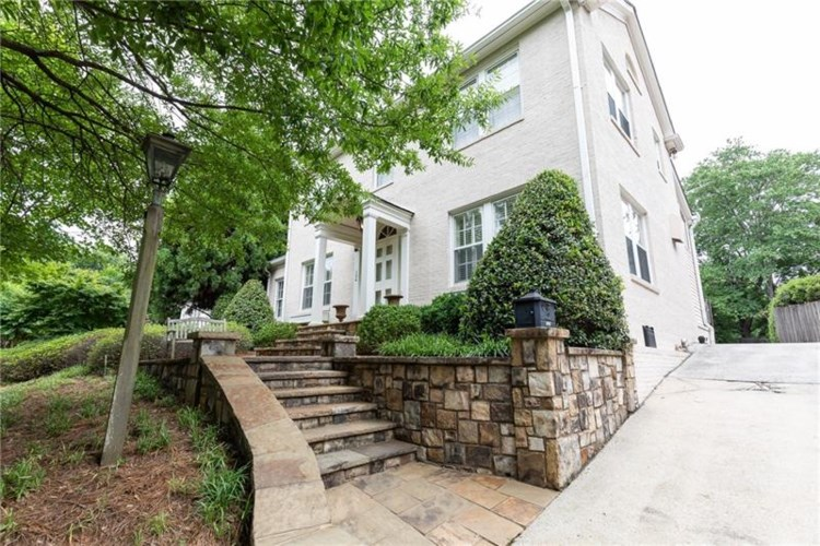 134 Brighton Road NE, Atlanta, GA 30309