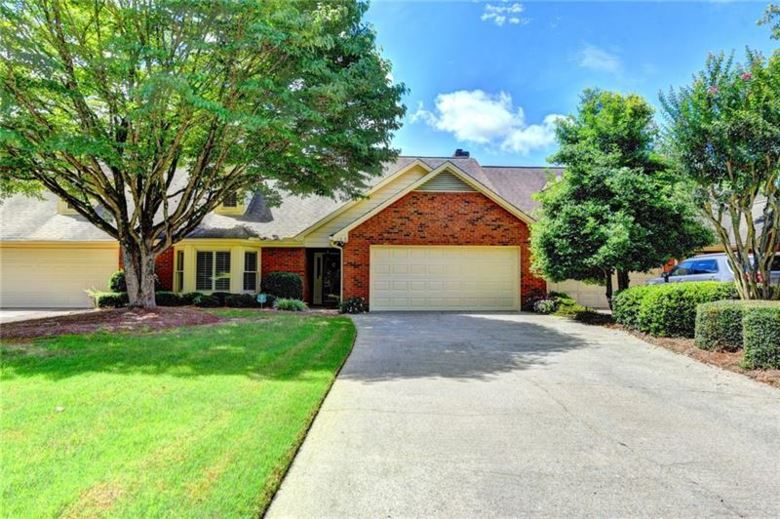 160 Brickleberry Drive, Roswell, GA 30075