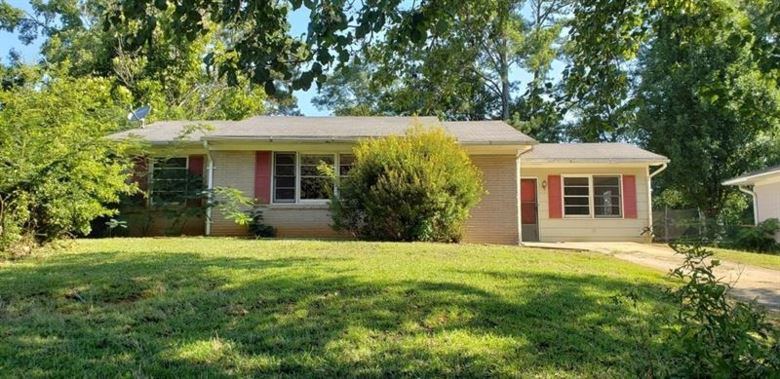 1582 FLICKER Road, Jonesboro, GA 30238