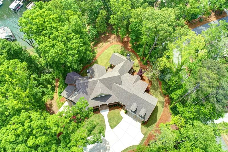 6493 BLUEWATERS Drive, Flowery Branch, GA 30542