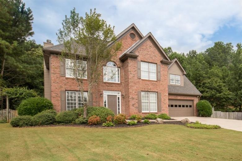 2354 Royal Pembroke Lane, Buford, GA 30518