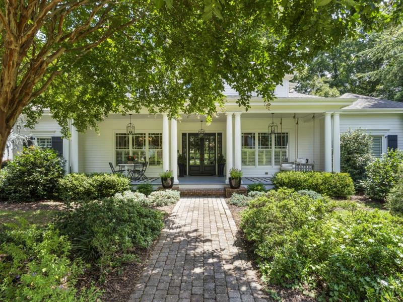 3 Granberry Manor, Roswell, GA 30076