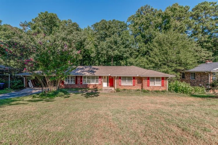 216 Spring Drive, Roswell, GA 30075