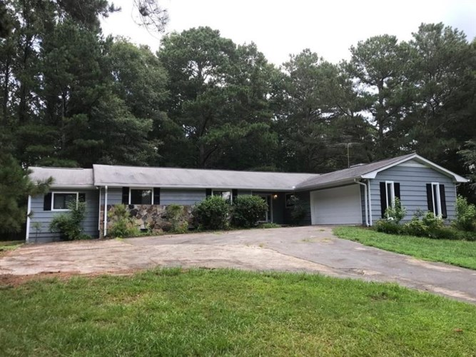 3725 CHANDLER HAULK Road, Loganville, GA 30052