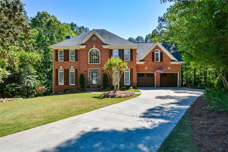 705 Overlook Point, Woodstock, GA 30189
