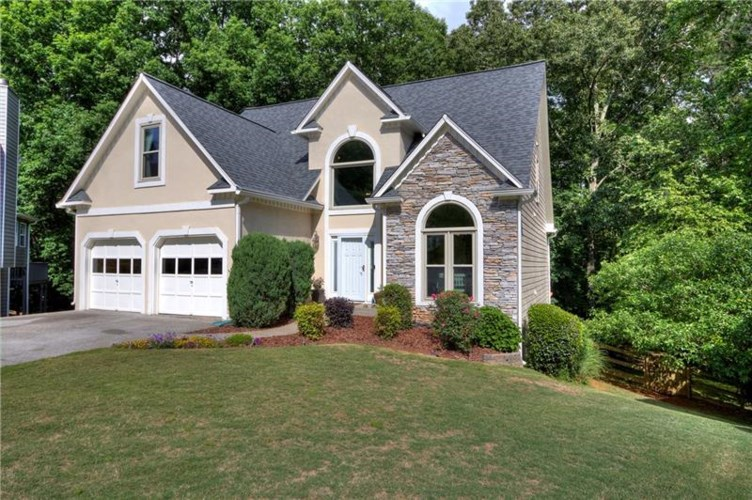 375 Yonah Circle, Woodstock, GA 30189