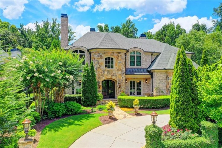 8220 Colonial Place, Duluth, GA 30097