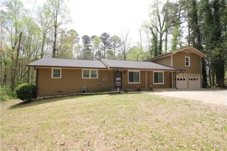 1079 Ridge Road, Lawrenceville, GA 30043