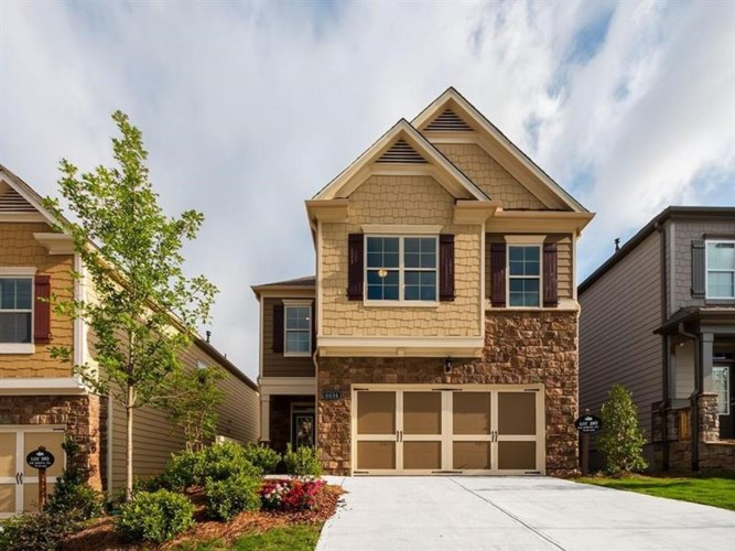 6504 Crosscreek Lane, Flowery Branch, GA 30542