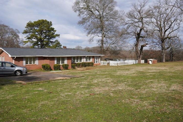 7232 Cave Spring Road SW, Cave Spring, GA 30124
