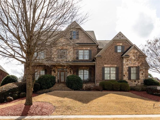 2324 Treehaven Drive, Snellville, GA 30078