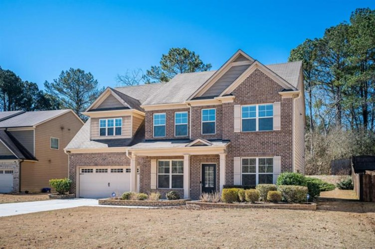 450 Pebble Chase Lane, Lawrenceville, GA 30044