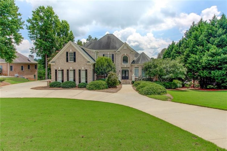 2744 Pitlochry Street SW, Conyers, GA 30094